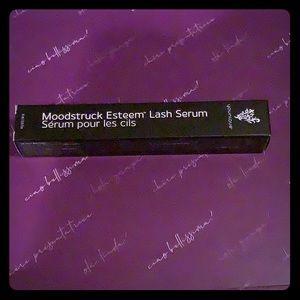 Younique Moonstruck Lash Serum, new